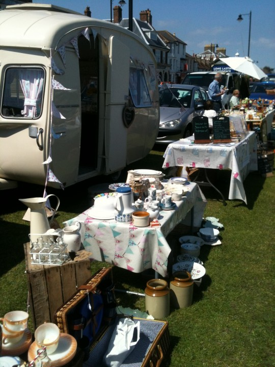 An amazing day at Deal Brocante organised by Walmer Parish Council - and what a good job they did too.  Fantastic location on a gloious sunny day.  This is what it's all about!